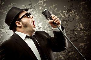 Depositphotos 109007038 m 2015 300x200 - שיר בהמתנה עם הקלטת קול: מתאים במיוחד ללקוחות עסקיים