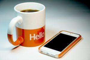 iphone 513495 640 300x200 - תתקדמו: מחליפים לשיר בהמתנה במקום צליל ההמתנה הישן